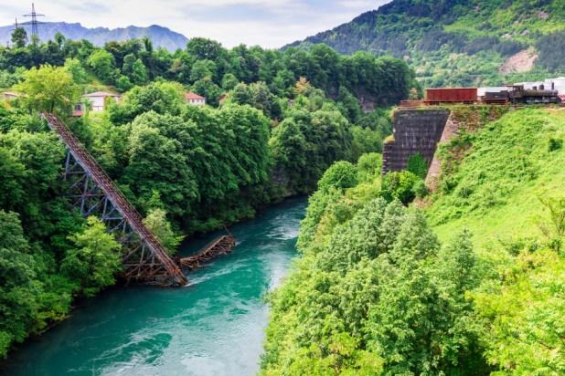 Most u Jablanici (Foto: Shutterstock)