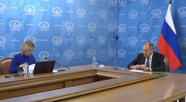 Maria Zakharova i Sergej Lavrov tokom press konferencije (Foto:Screenshot)