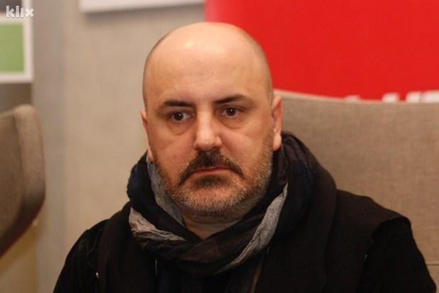 Kokan Mladenović: Kad ne napravite ništa od svog života, ostaje vam da budete Srbin, Bošnjak ili Hrvat