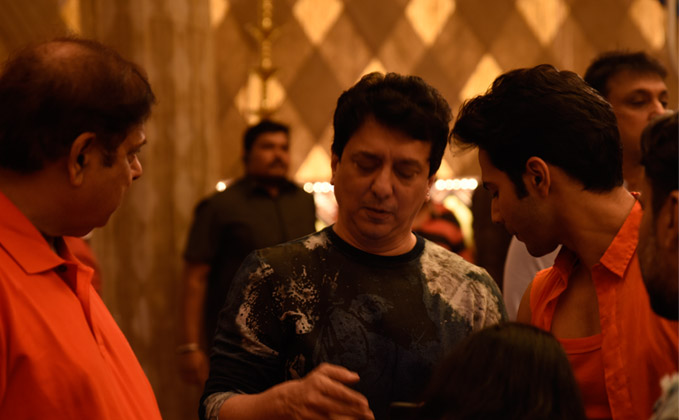Judwaa 2 shoot begins with David Dhawan, Sajid Nadiadwala and Varun Dhawan