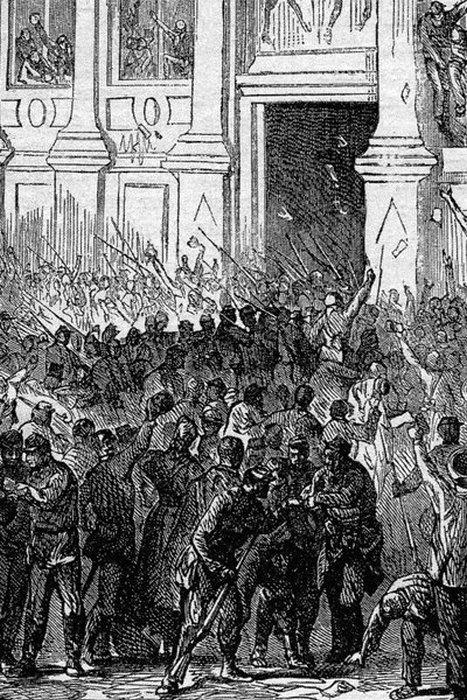 Революционные подразделения Национальной гвардии ненадолго захватили Отель де Виль 31 октября 1870 года, но в итоге восстание не удалось.