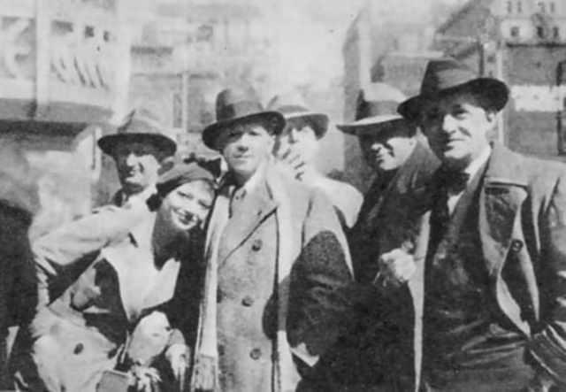 Михаил Чехов с группой артистов своего театра в Париже, 1931 | Фото: mihail-chehov.ru