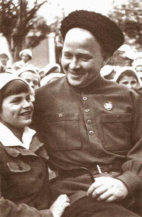 Аркадий Гайдар 1904-1941