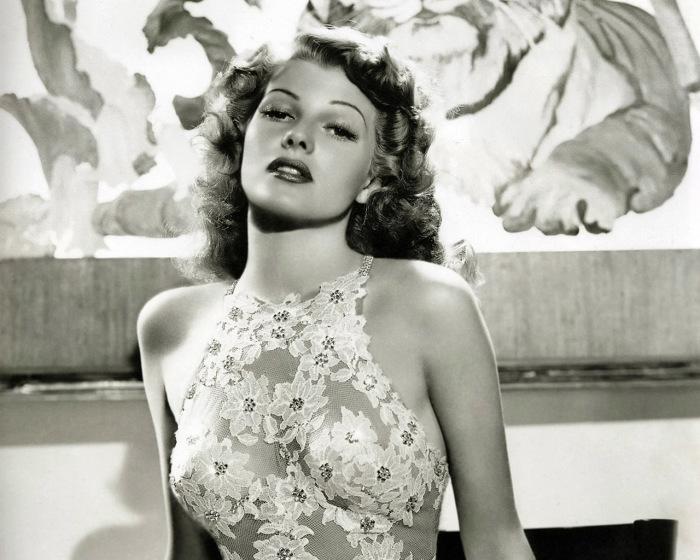 Рита Хейворт - яркая звезда Голливуда.