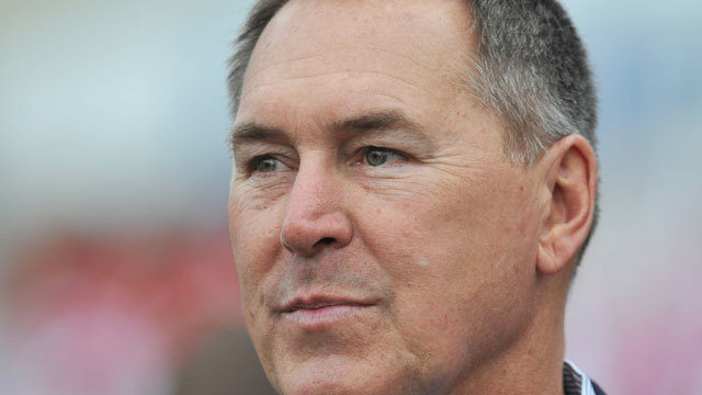 Football greats Dwight Clark, Gale Sayers battle brain diseases