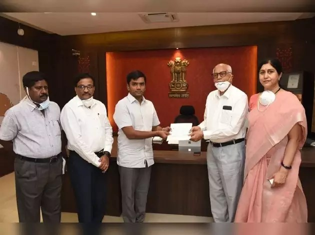 Amararaja Batteries Donates 5Crores To Andhra