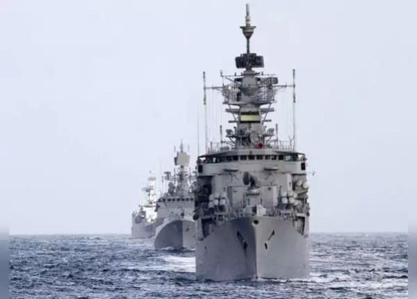 समुद्री सीमाओं पर नौसेना की पैनी नजर