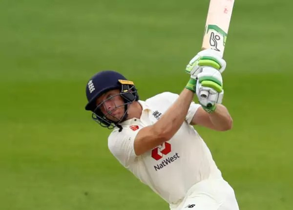Butler studded 16th test fifty