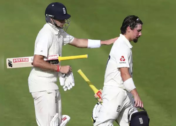 England gave 399 runs target to West Indies