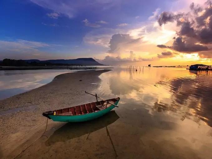 -alibaug-beach-in-hindi