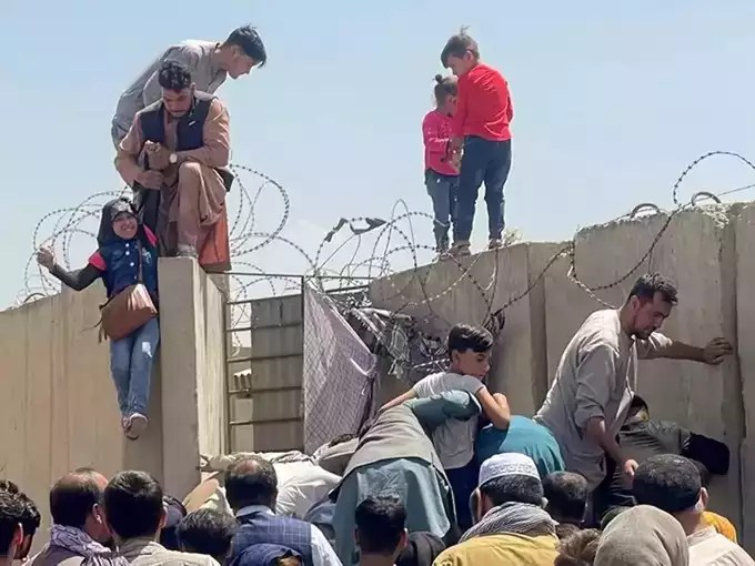 people carrying children