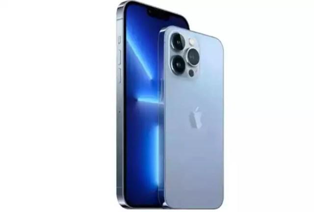 iPhone-XR-15586-