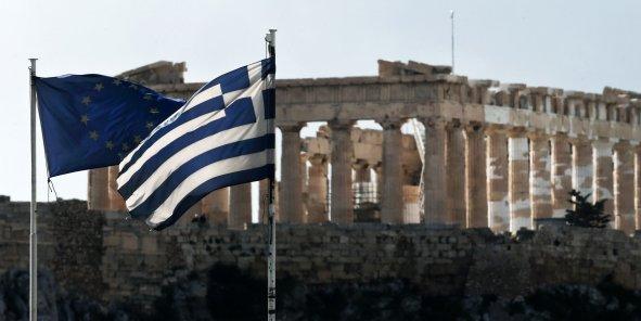 La BCE a arrêté début février d'accepter de la part des banques leurs obligations souveraines grecques comme garanties dans ses opérations hebdomadaires de prêts, importante source de financement pour elles.