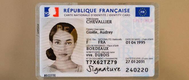 Voici la nouvelle version de la carte nationale d'identite francaise.