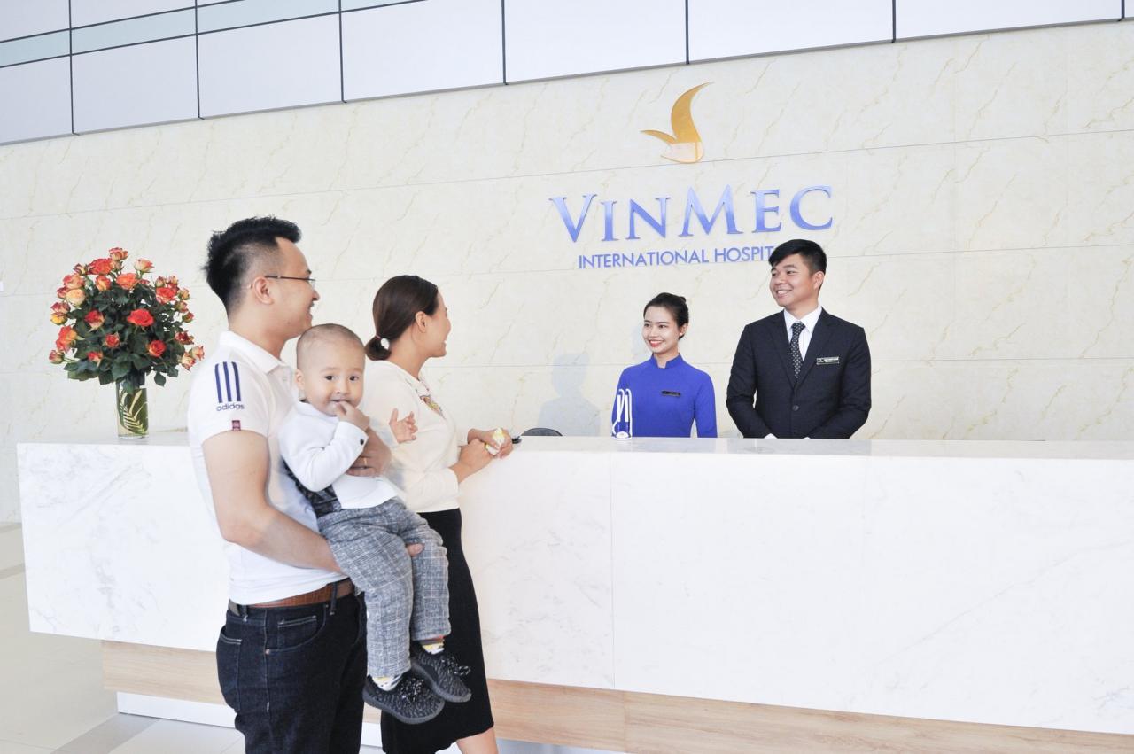 Khách hàng được hưởng nhiều quyền lợi với thẻ Vinmec P.remium