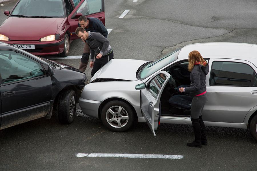 Tai nạn xe hơi là yếu tố khó chứng minh và khẳng định có thể tránh khỏi