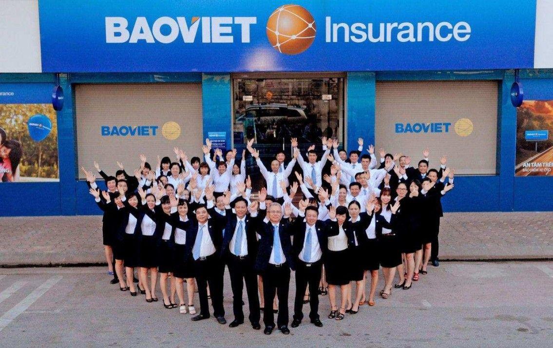 Bảo Việt sở hữu đội ngũ nhân viên cấp dưới thân thiện, nhiệt tình xử lý và xử lý những vướng mắc, khiếu nại cho người tiêu dùng