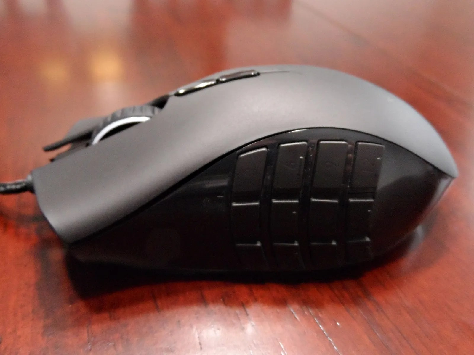 Razer Naga Logitech G600 MMO Gaming Mice Review And Giveaway