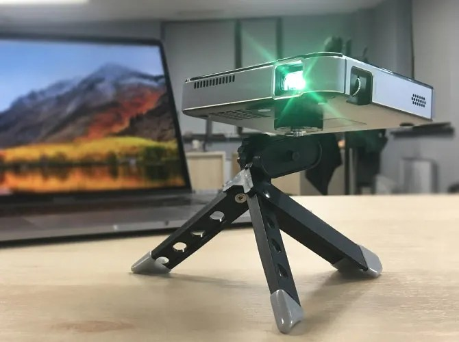 m4 projector - Apeman M4 Mini DLP Projector: Stylish, Compact and Easy to Use