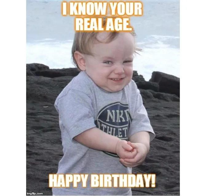 Meme di compleanno in età reale