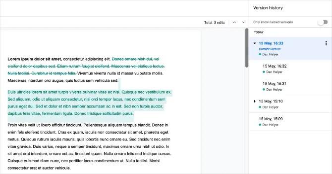 История версий Документов Google, показывающая цветные изменения