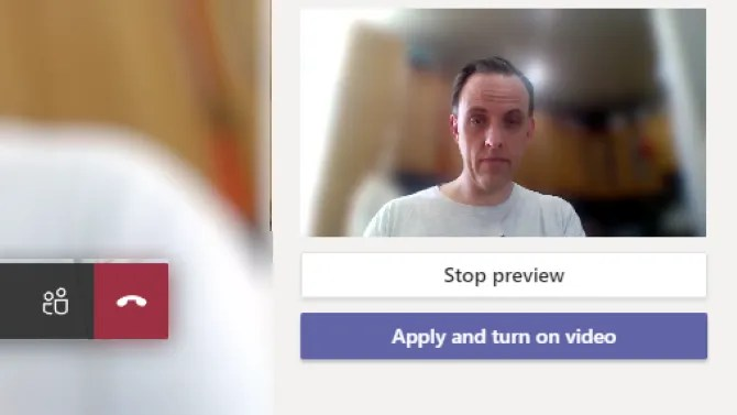 Blur the background in Microsoft Teams calls