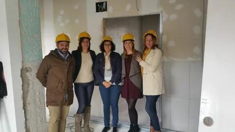 Visita de la diputada Lourdes Burgos a las obras de la residencia en el mes de noviembre