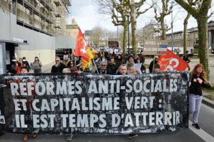 Manifestation contre le changement climatique à Bordeaux, le 14 mars. © MEHDI FEDOUACH / AFP