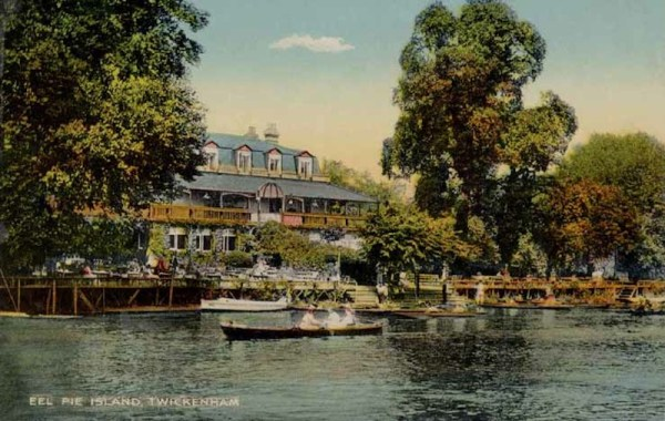 A postcard showing the Eel Pie Hotel c. 1900