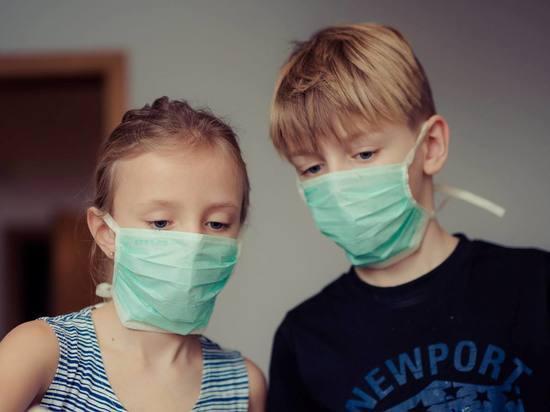 Педиатры сообщили об опасности медицинских масок для детей ...