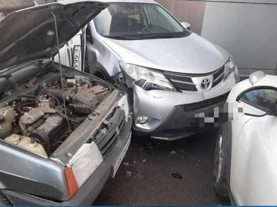 Пять автомобилей столкнулись в Северной Осетии - МК ...