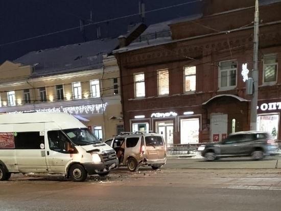 В Туле на улице Советской произошло ДТП на трамвайных ...