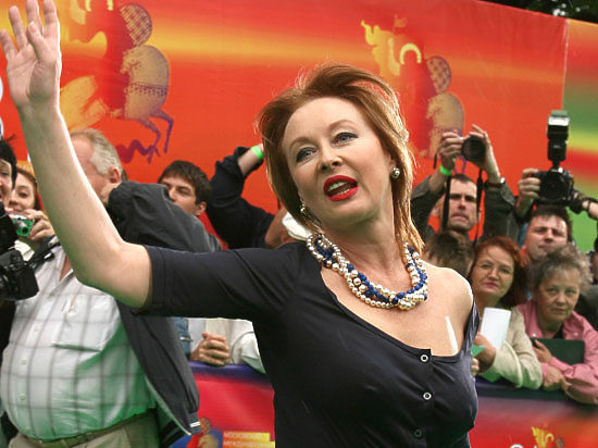 Лариса Удовиченко не уезжает во Францию на ПМЖ - просто ...