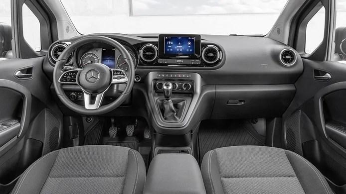 Mercedes Citan Tourer 2022 - interior