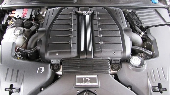 Photo B&B Bentley Bentayga - engine