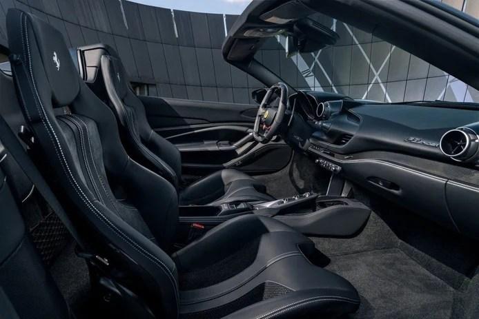 Photo Novitec Ferrari F8 Spider - interior