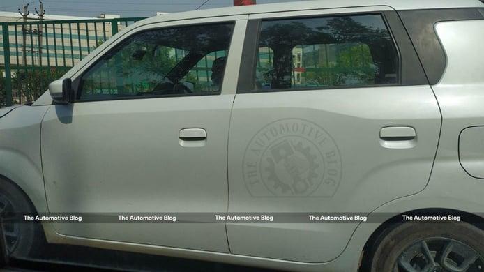 Suzuki Wagon R EV - spy photo
