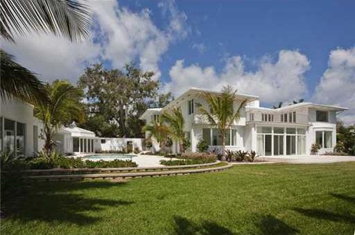 0404et5 Liz Taylor's Former Miami Beach House (PHOTOS)