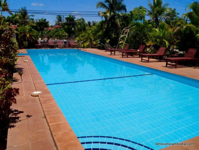 Kampot Guesthouse pool