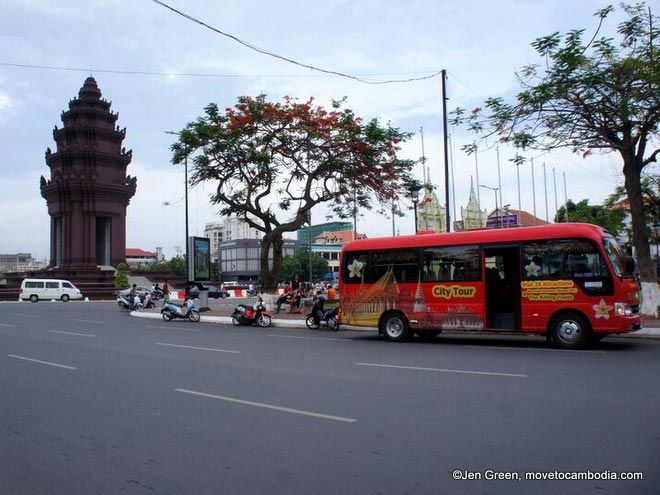 sightseeing bus phnom penh