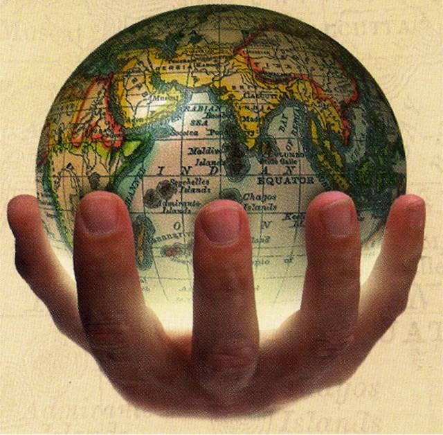 خسائر الذهب وبيانات اقتصادية محور الأسواق العالمية اليوم