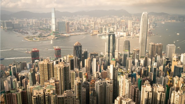 With increasing regulatory pressure in Hong Kong, Binance withdraws from trading in stock tokens