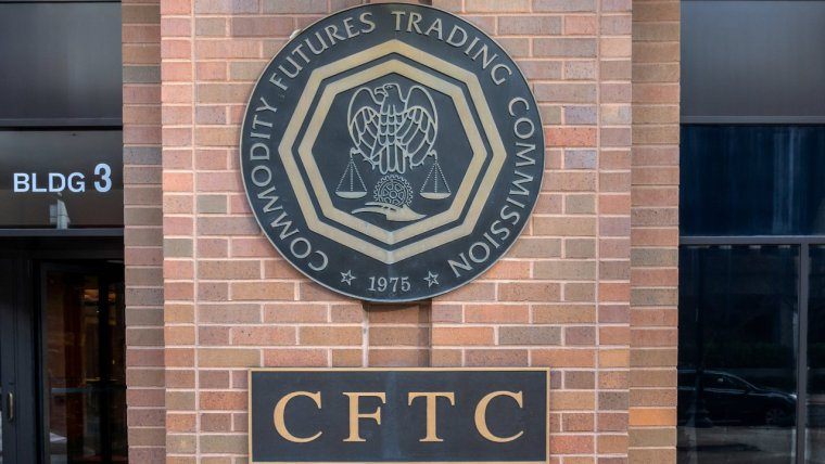 SEC Has No Authority Over Pure Commodities Like Crypto Assets, Says CFTC Commissioner