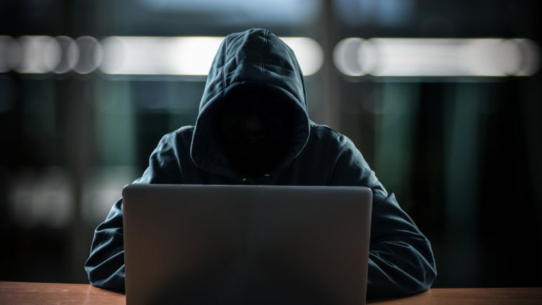 Coinbase Reveals Massive Hack: Over 6,000 Customers Lost Funds