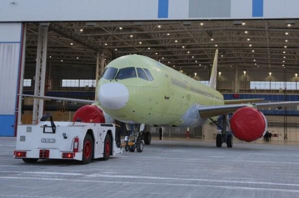 Ростех собрал первый самолёт МС-21 с двигателями ...