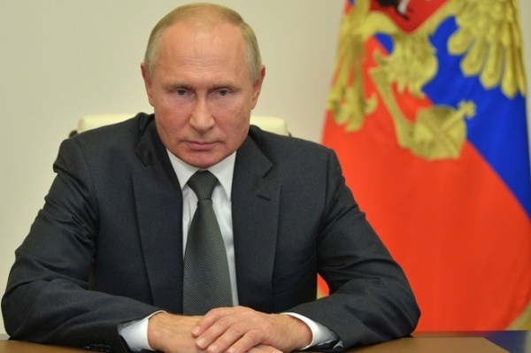 Путин нашёл схожесть в ценностях коммунизма и христианства