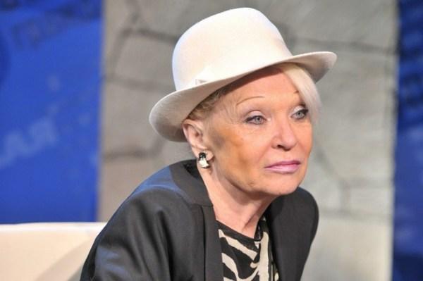 Подруга Светличной рассказала о старческой деменции у актрисы