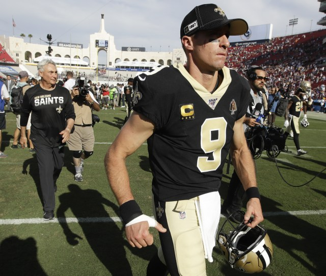Drew Brees Thumb Likely To Miss Some Game Time Nfl Com
