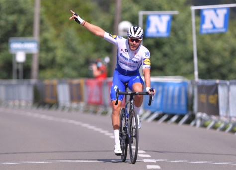 Mesmo após o coronavírus, o Deceuninck - Quick-Step continua a vencer: Sénéchal vence o GP Vermarc