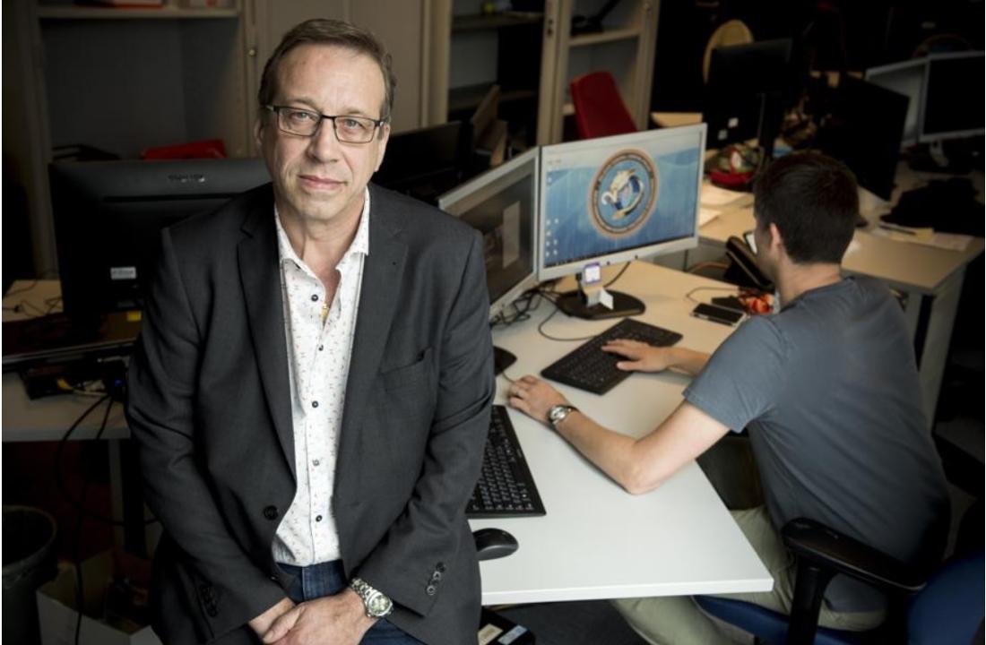 """Deze commissaris speurde maandenlang naar 'fake news' over het coronavirus: """"Zo'n berichten zijn ronduit gevaarlijk"""""""